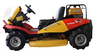 Razorback CMX1402 4WD Ride On Brushcutter